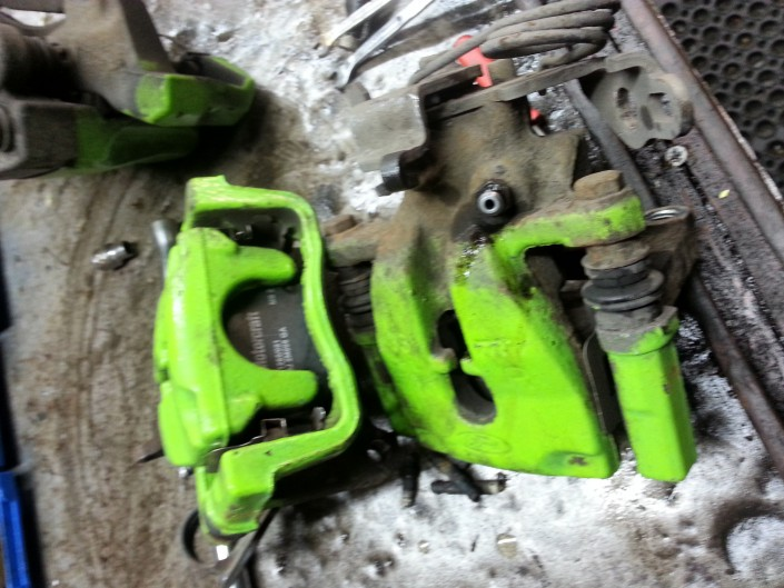 Focus RS Brake Caliper Painting Nottingham Derby and Long Eaton