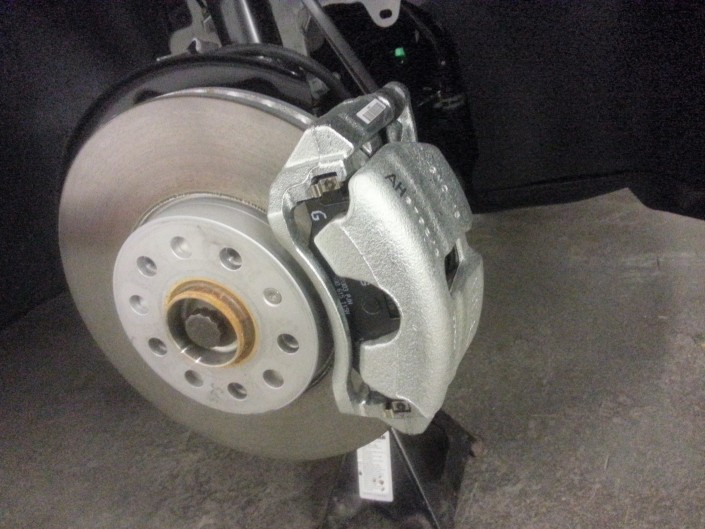 Skoda VRS Brake Caliper Painting Nottingham, Derby & Long Eaton