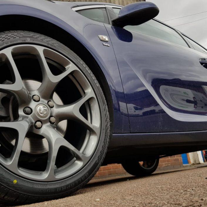 Vauxhall Astra VXR alloy wheel refurbishment, repair and paint in gunmetal grey