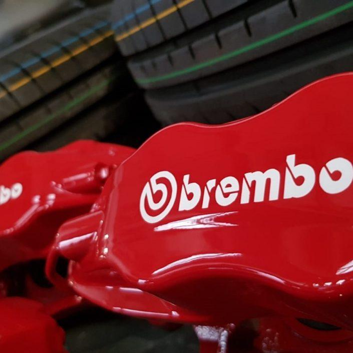 Brembo brake caliper refurb and painting Derby, Nottingham, London