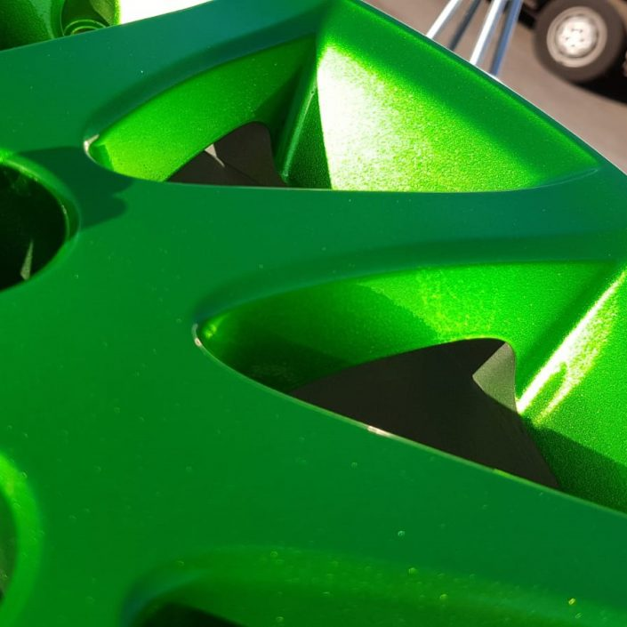 custom candy green colour alloy wheel specialist painting in Nottingham and Derby